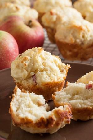 apple-cheddar-muffins-0125