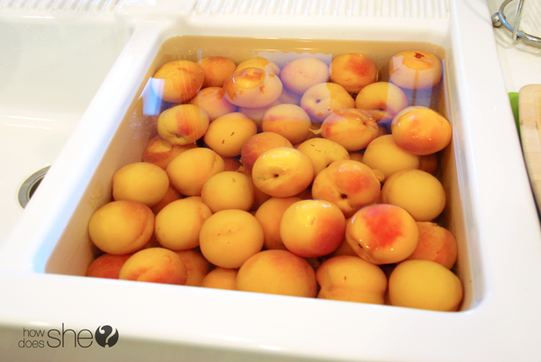 just peachy - learn to can peaches (10)