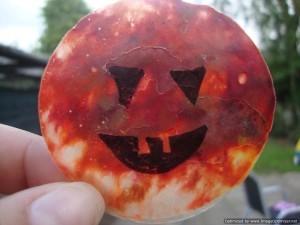 wax-crayon-pumpkin-300x225
