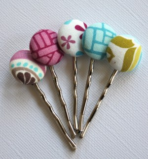 decorative bobby pins made with fabric scraps