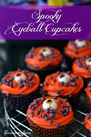 Spooky-Eyeball-Cupcakes-flouronmyface