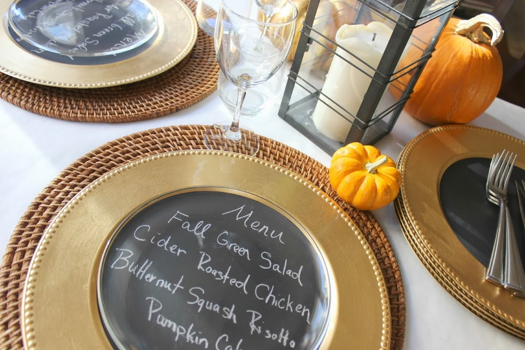 Thanksgiving table 3