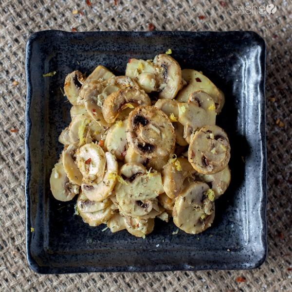 easy peasy lemon and red pepper baked mushrooms (4)