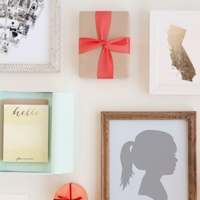 Spread the Holiday Cheer with Greetings from Minted – Plus Win $300 in Prizes!
