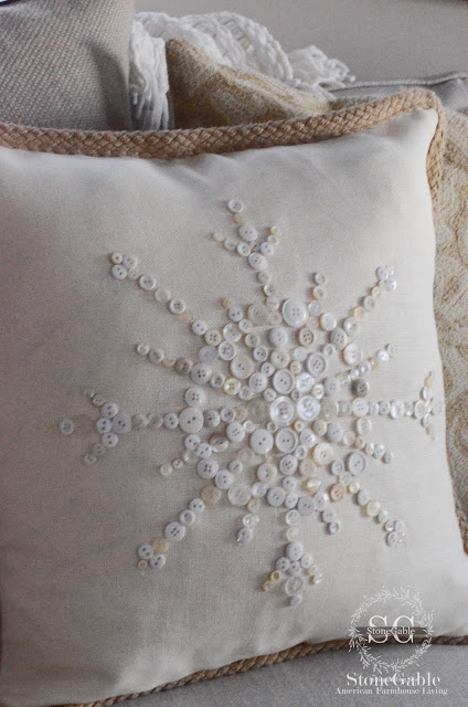 no sew snowflake pillow
