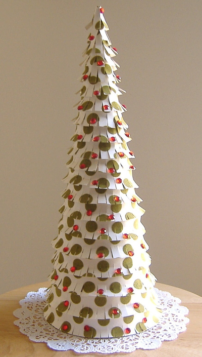 22 gosh darn amazing things to do with a cone how does she for Cardboard cones for crafts