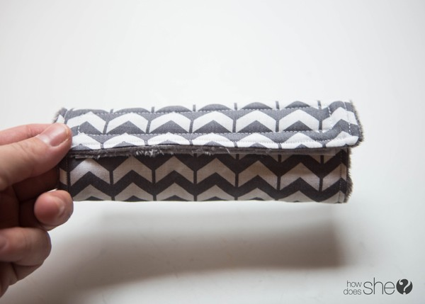 DIY Car Seat Strap Covers - Perfect Baby Shower Gift (13)