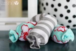 baby-legs-neck-warmer-1