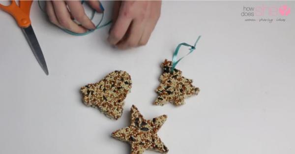 Bird Feeders Kids Can Make