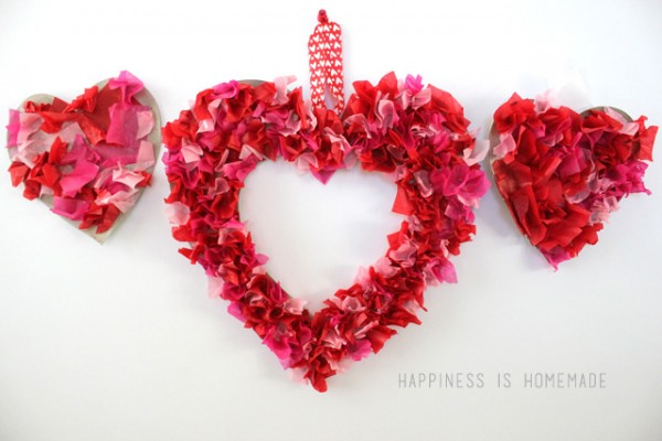 Kids-Craft-Tissue-Paper-Heart-Valentines-Day-Wreath