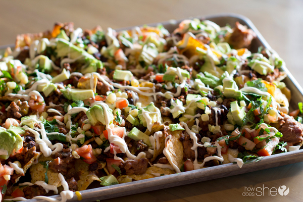 Macho-Nachos-Grande-with-Avocado-Salsa-and-Tomatillo-Dressing-10