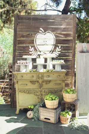 Apple-of-My-Eye-Baby-Shower-via-Karas-Party-Ideas-KarasPartyIdeas.com6_