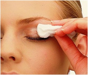 vaseline-best-eye-makeup-remover