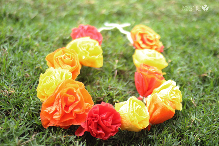 DIY Pretty & Easy Faux Flower Lei