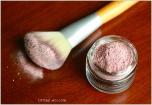 Homemade-Cosmetics-Blush-Powder-1-660x455