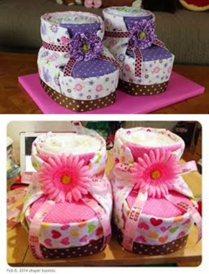 diy-diaper-cake-baby-booties