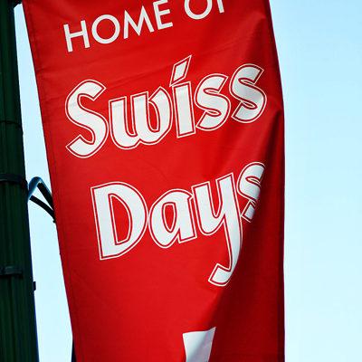 3 Top Crafters at Swiss Days…The Gargantuan Craft Show!