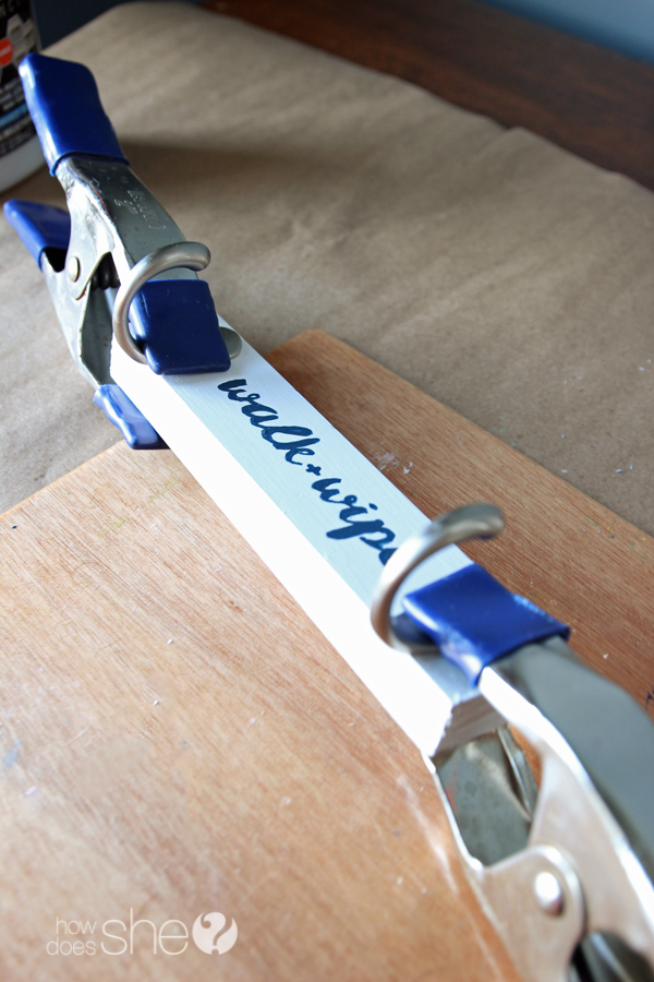 DIY Dog Leash Hanger (5)