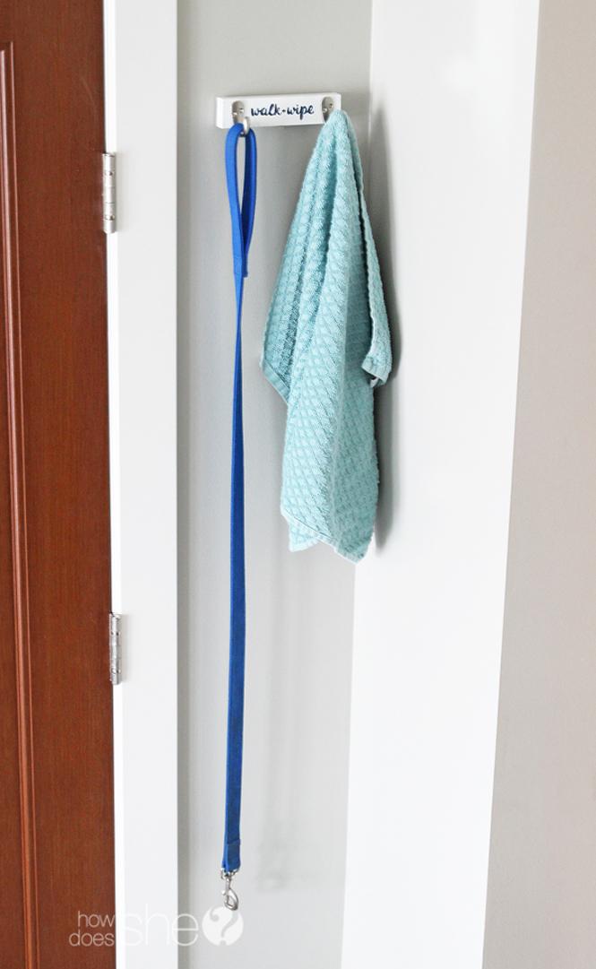 DIY Dog Leash Hanger (9)