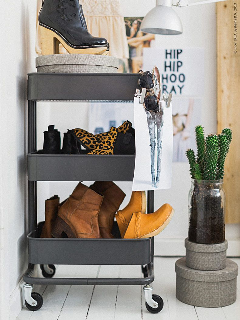 shoe storage cart with multi pairs of shoes