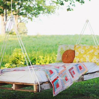 14 DIY Hammocks and Hanging Swings To Make Summer Naps Awesome