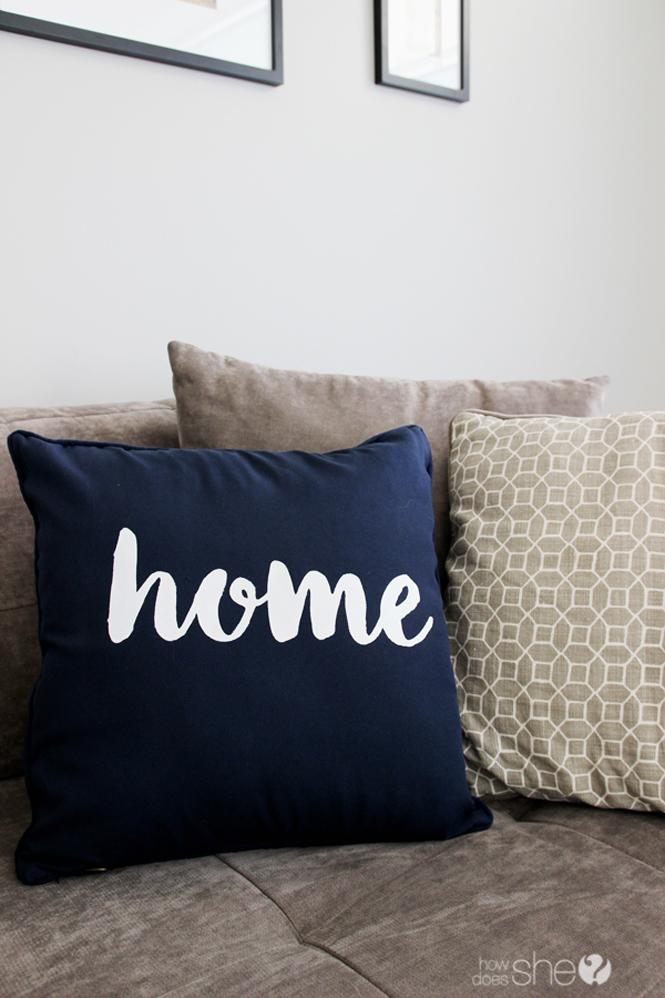 diy home pillow tutorial (6)