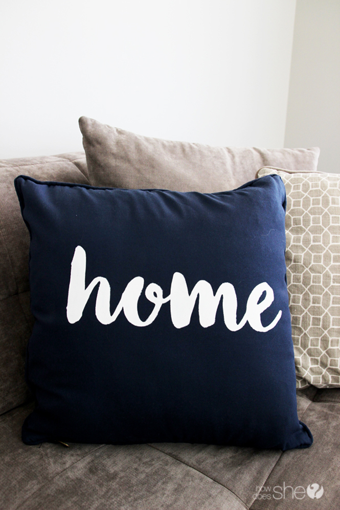 diy home pillow tutorial (8)