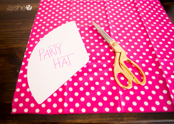 Kids' Party Hat - Pom Pom Style (2)