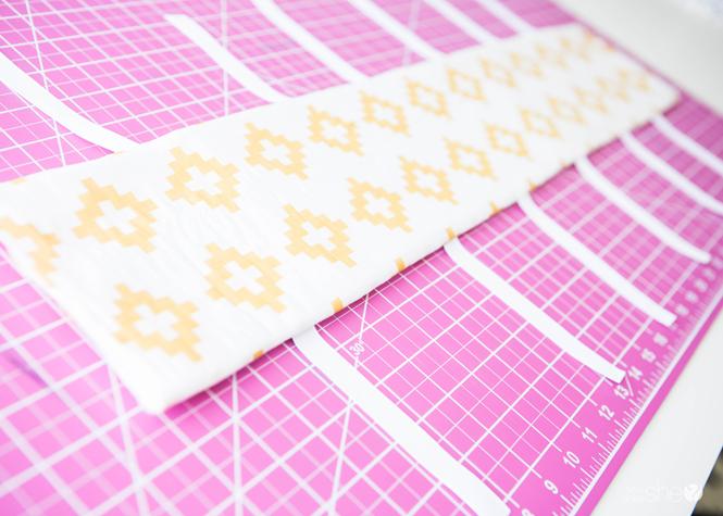 padded crib rail cover tutorial (12)