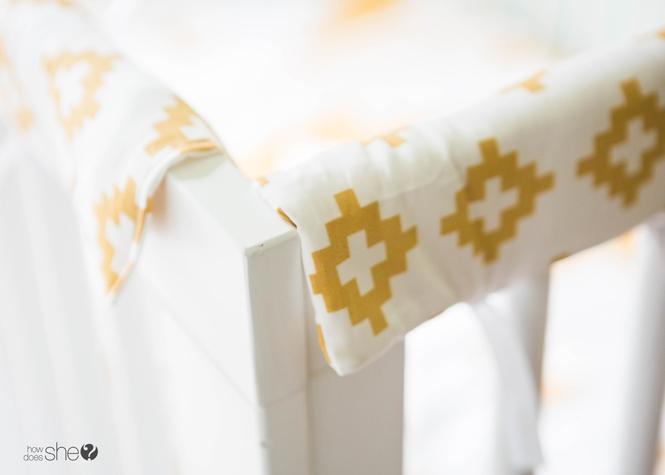 padded crib rail cover tutorial (16)