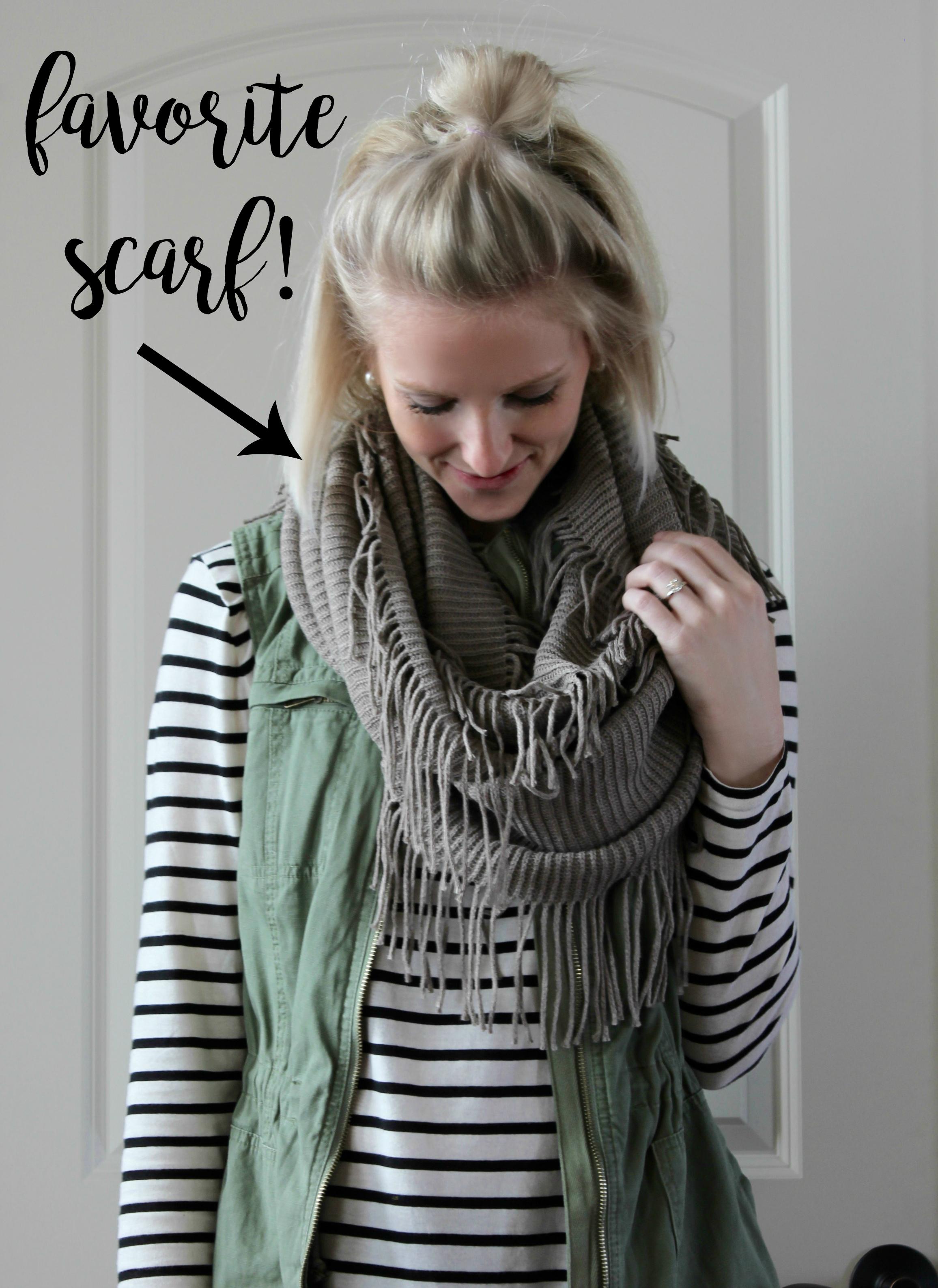 momiform-scarf-graphic