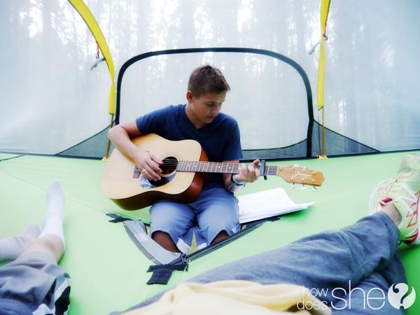 tent guitar play