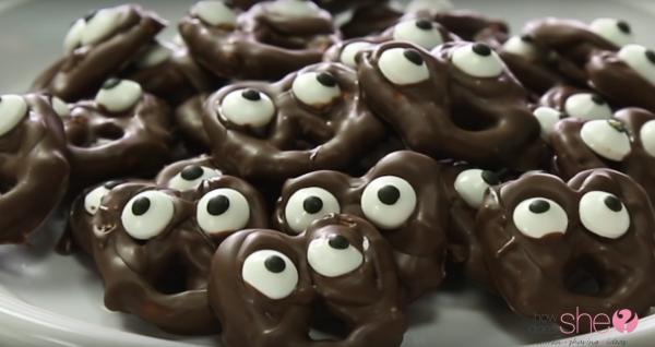 spooky pretzels