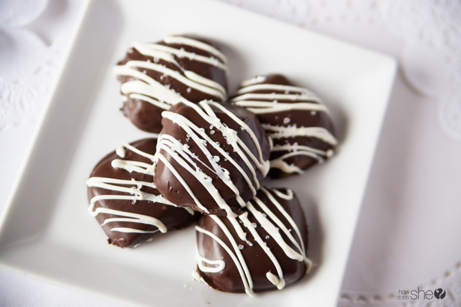 chocolate-dipped-salted-caramels-15