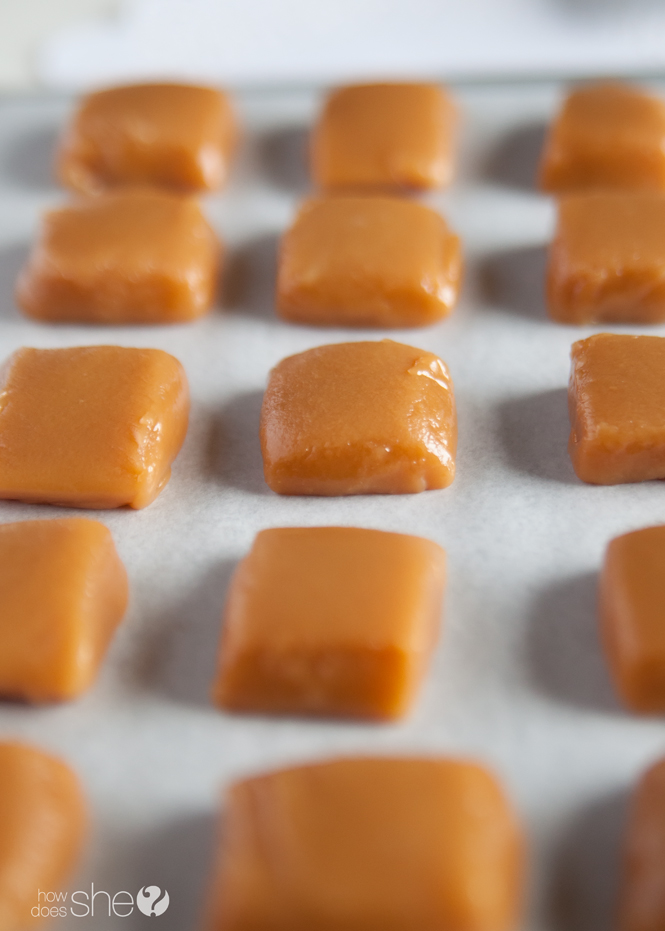 chocolate-dipped-salted-caramels-7