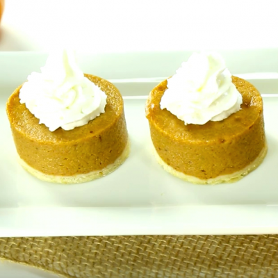 Short-Cut Your Way to the Cutest Personal Pies Ever!