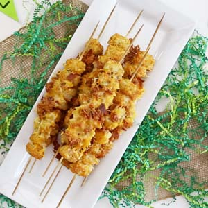 Get Ready for the Big Game with these Tatertots and Bacon on a Stick