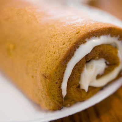 The Best Pumpkin Roll Recipe Ever! This recipe is so easy to make.