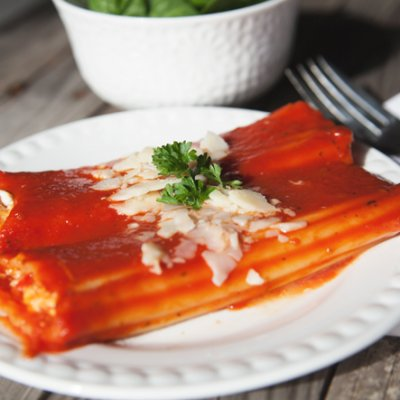 3 Cheese And Pepper Stuffed Manicotti