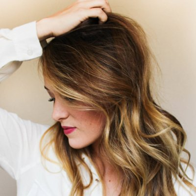 How To Properly Use Dry Shampoo & Why It's a Girl's Best Friend