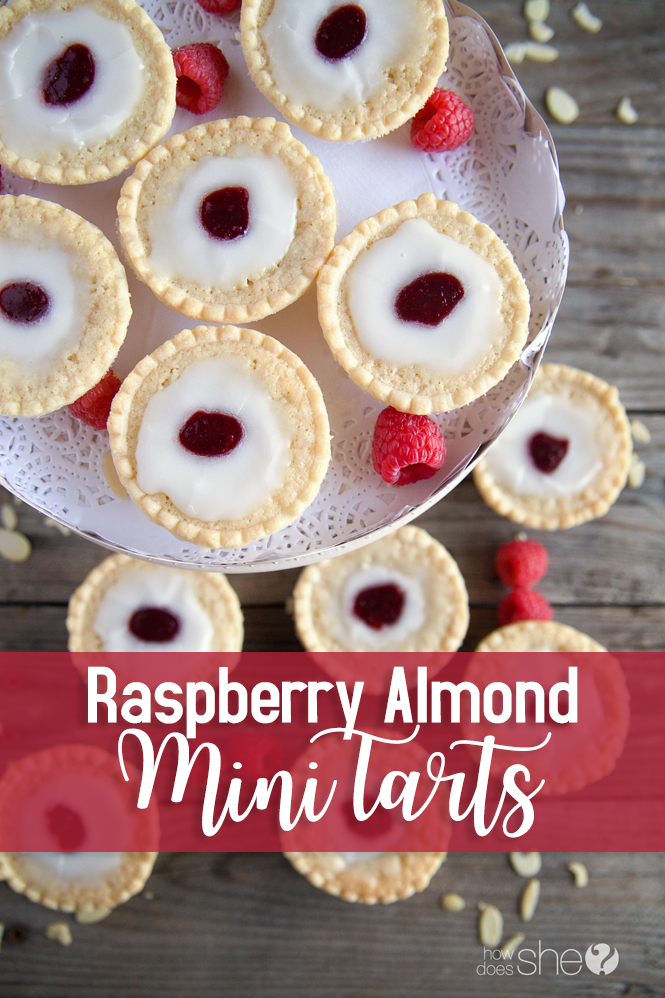 Easy Raspberry Almon Mini Tarts - perfect for impressing at your next potluck meal!