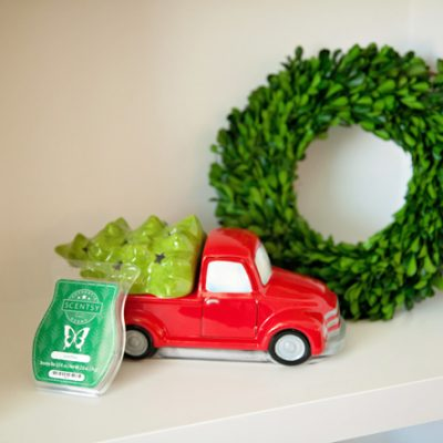 Scentsy Makes the Holidays Merry and Bright! Home and Gift Ideas