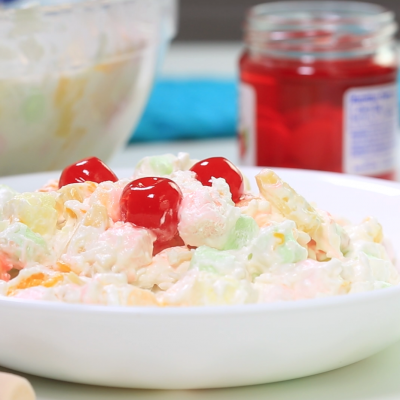 Delicious & Fast Marshmallow Fruit Salad