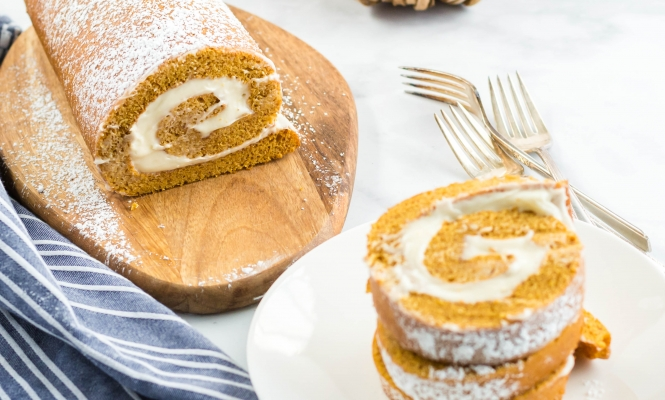 The BEST Pumpkin Roll Recipe Ever!