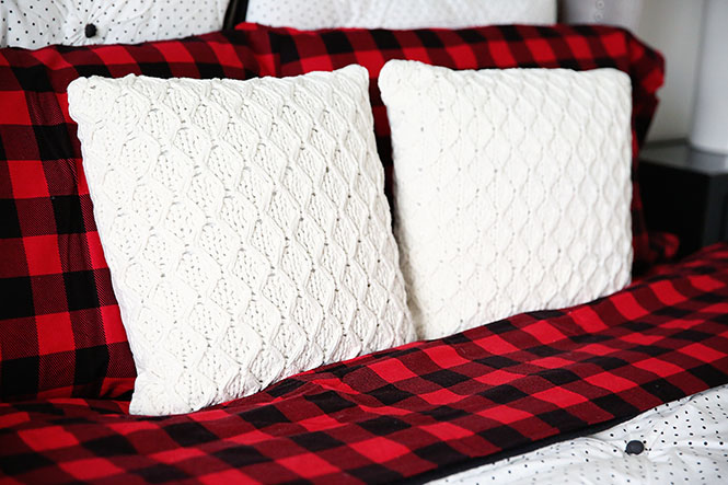 Sprucing Up A Bedroom for Guests This Holiday Season