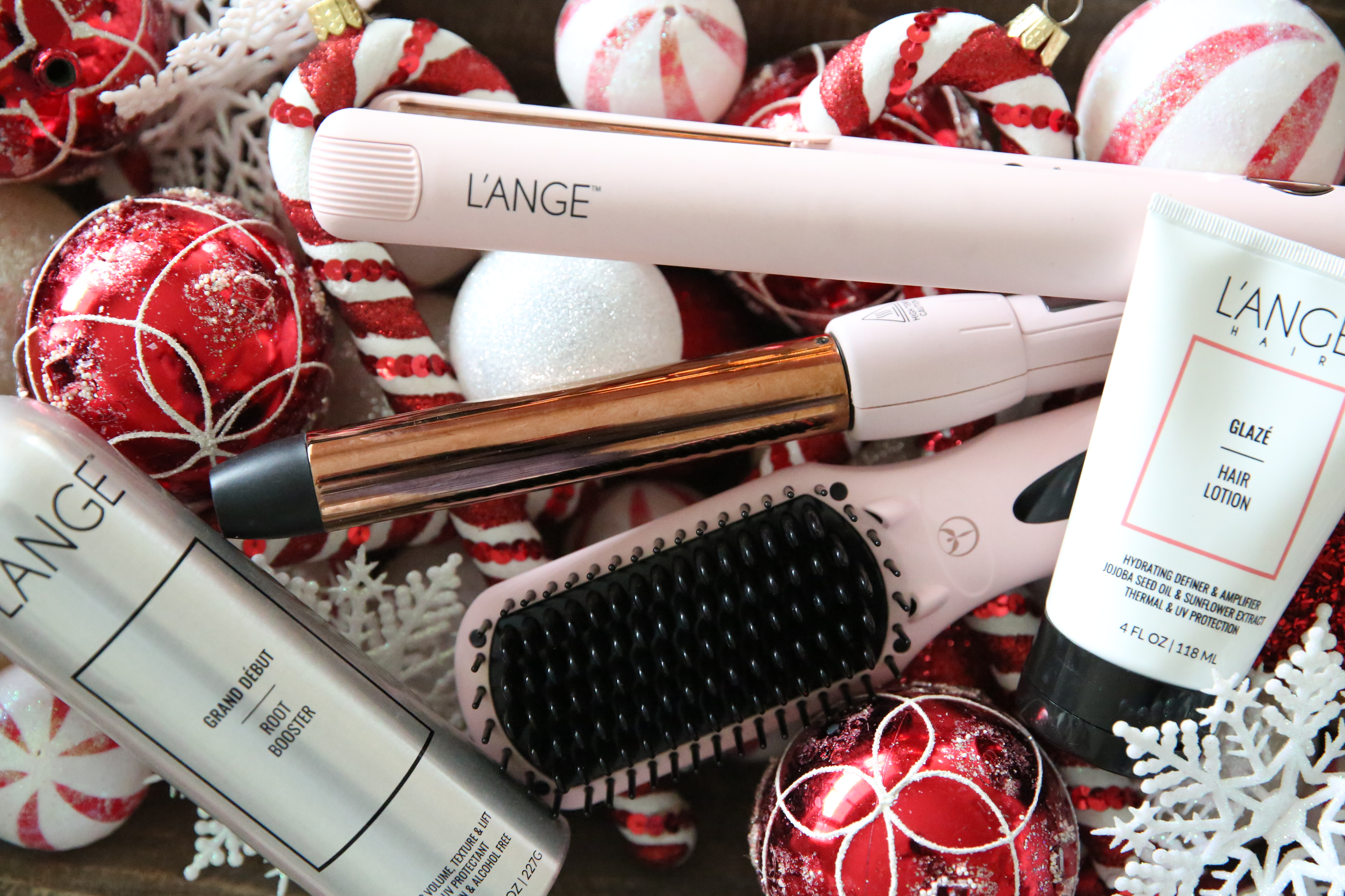 Top 7 Holiday Gifts for the Woman Who Loves Her Hair