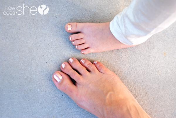 DIY Peppermint Sugar Foot Scrub
