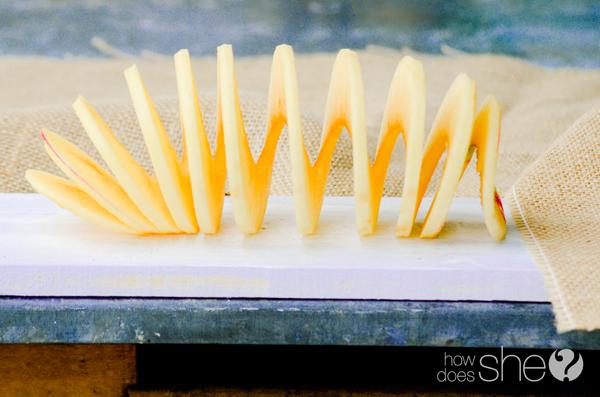 Sweetly Tart Honey Crisp applesauce