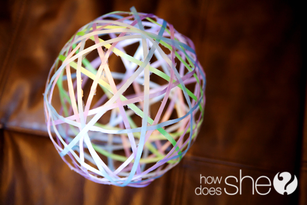 Make A Ribbon Balloon