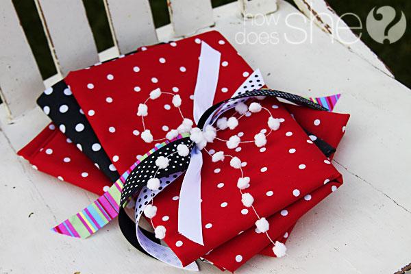 All Santa's Should Wrap THIS Way!